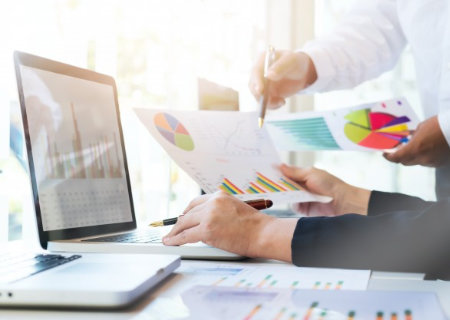 Elevate Financial Intelligence With Data Visualization Mid Article