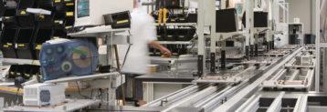 Die Lenze SE ist ein deutscher Hersteller und Entwickler für Antriebstechnik und Automation. Die Zentrale befindet sich in Aerzen-Groß Berkel bei Hameln.